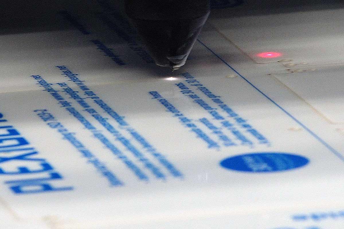 Laserstrahlschneiden Sk scheidel Kunststoffe